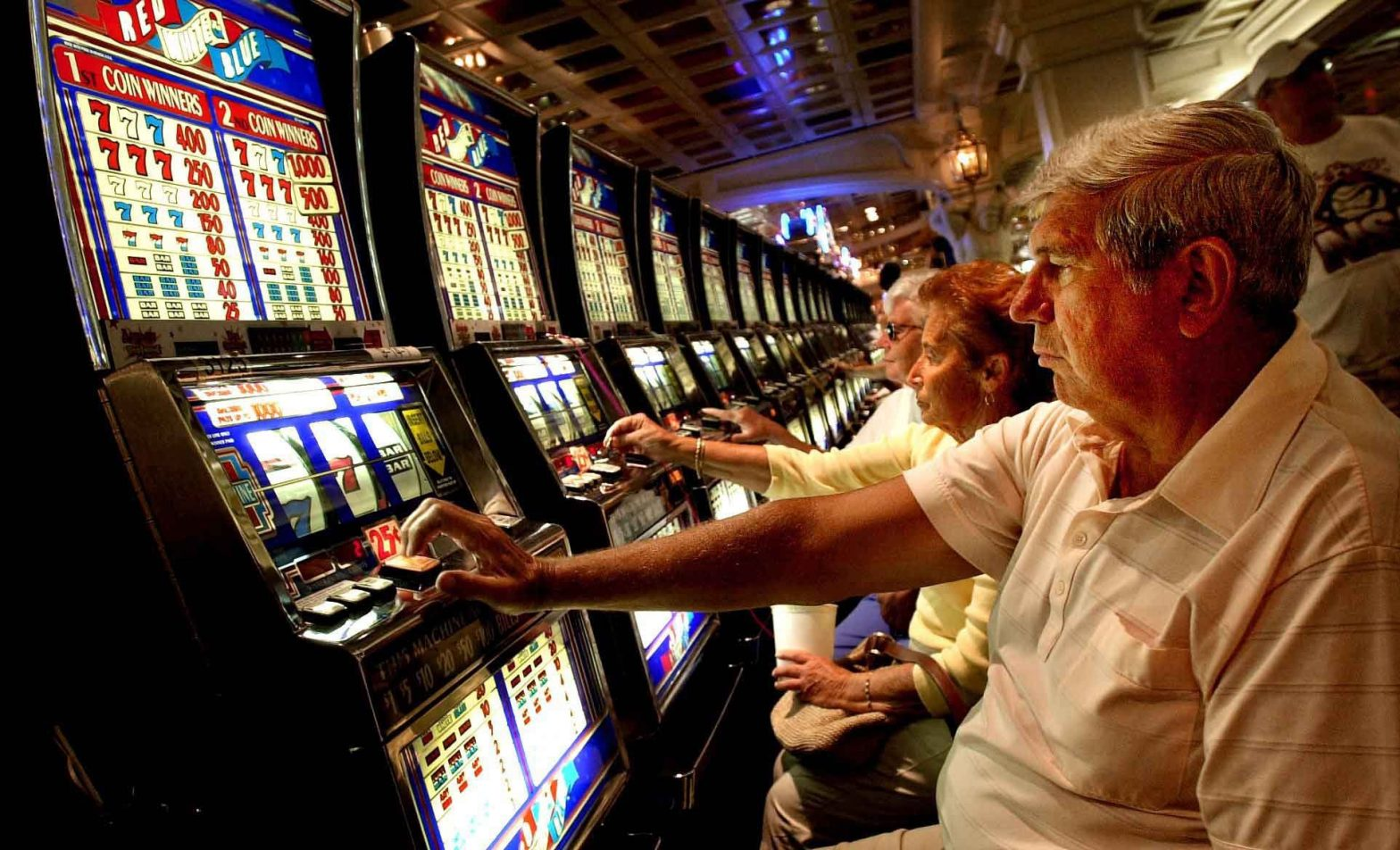 Eight Most Well Guarded Secrets About Online Gambling
